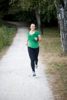 Hier könnte ein Laufrock helfen: eine von vielen unweiblichen Läuferinnen.